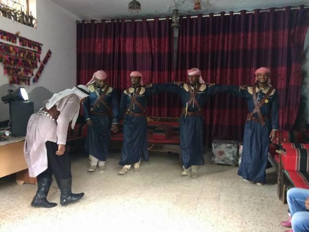 Gaza – Esercitazione di danza tradizionale beduina [Progetto 6220km2]