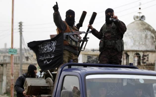[DallaRete] Salafiti e islamisti verso la kurda Rojava