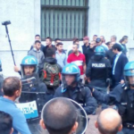 Neofascisti aggrediscono la delegazione di Nessuna Persona è Illegale all'interno di Palazzo Marino