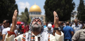 2017_6_2-First-Friday-Prayer-at-Al-Aqsa-Mosque20170602_2_24026829_22790367-770x375