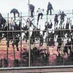 Perché sono dimezzati gli arrivi di migranti dalla Libia?