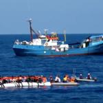 La nave umanitaria Iuventa fermata per controlli a Lampedusa. Nel pomeriggio viene messa sotto sequestro e perquisita
