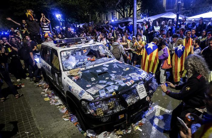 Estelada bella: la Catalunya che odia la Guardia Civil