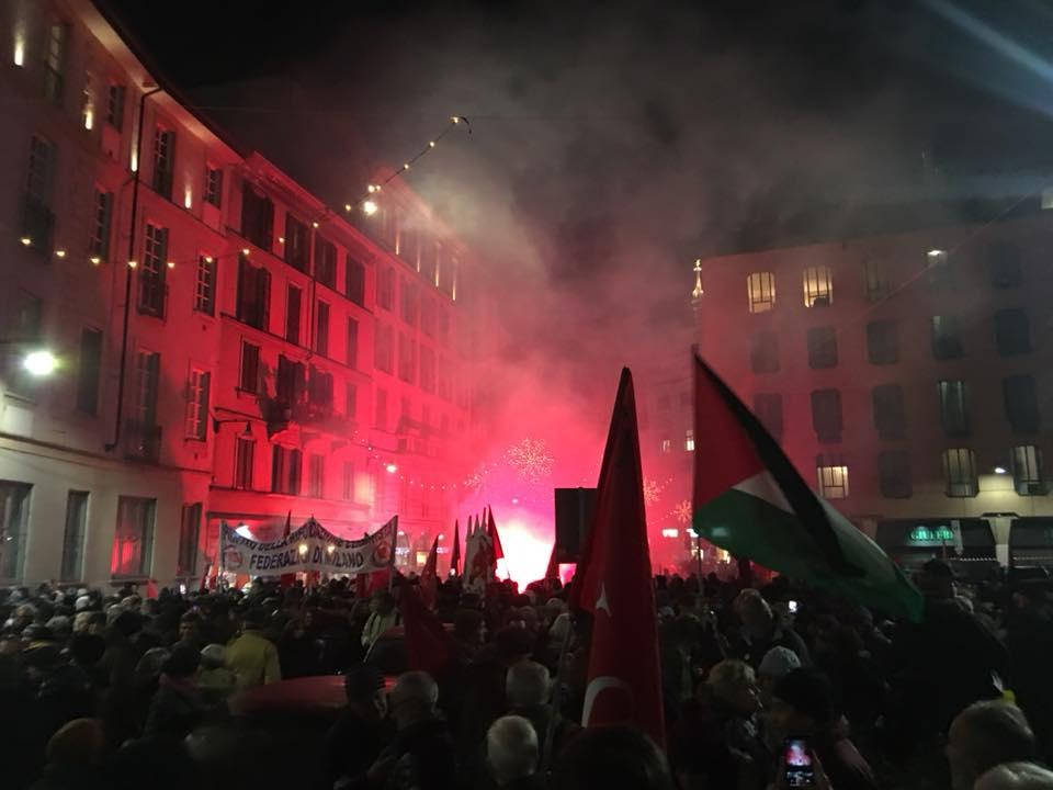 La Milano antifascista in strada per Piazza Fontana