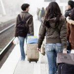 In dieci anni cala l'immigrazione, triplica l'emigrazione degli italiani (di Roberto Ciccarelli)