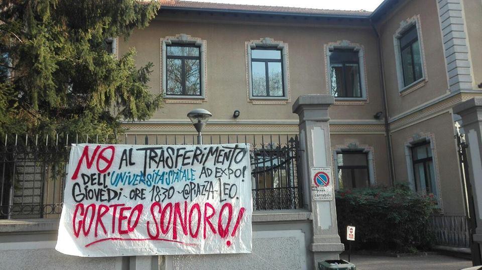 Tanti striscioni in quartiere in vista del corteo sonoro di domani contro il trasferimento di Città Studi