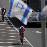 Gerusalemme, la maglia rosa che cancella l'occupazione
