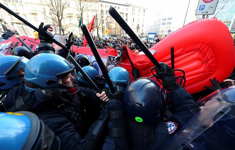 Antifascisti vs. CasaPound – Denunce per i fatti di Largo la Foppa