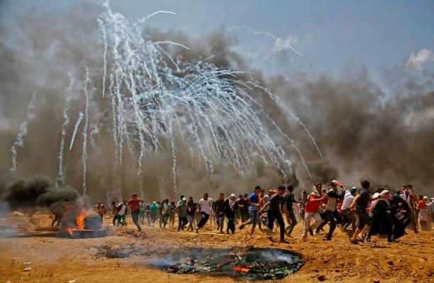 Trasferimento dell'Ambasciata USA a Gerusalemme – L'esercito israeliano uccide più di 50 palestinesi