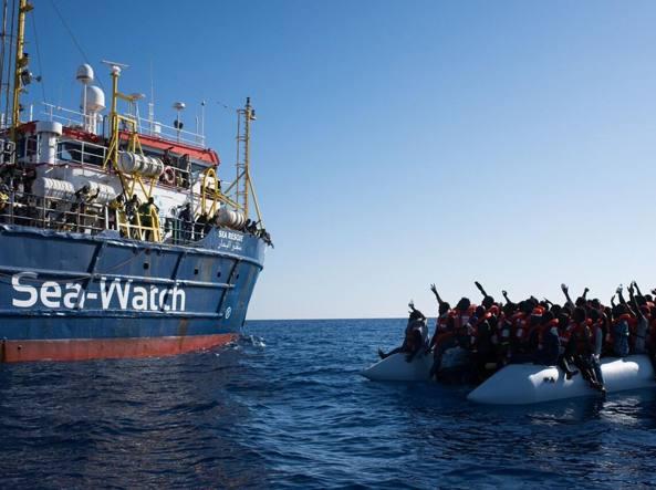 Sea-Watch 3: la nave salva vite lasciata alla deriva dal nuovo governo