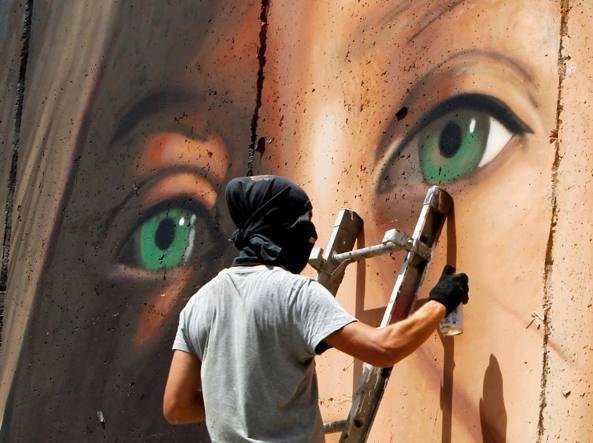 Cisgiordania – Rilasciati Ahed Tamimi e lo street artist Jorit