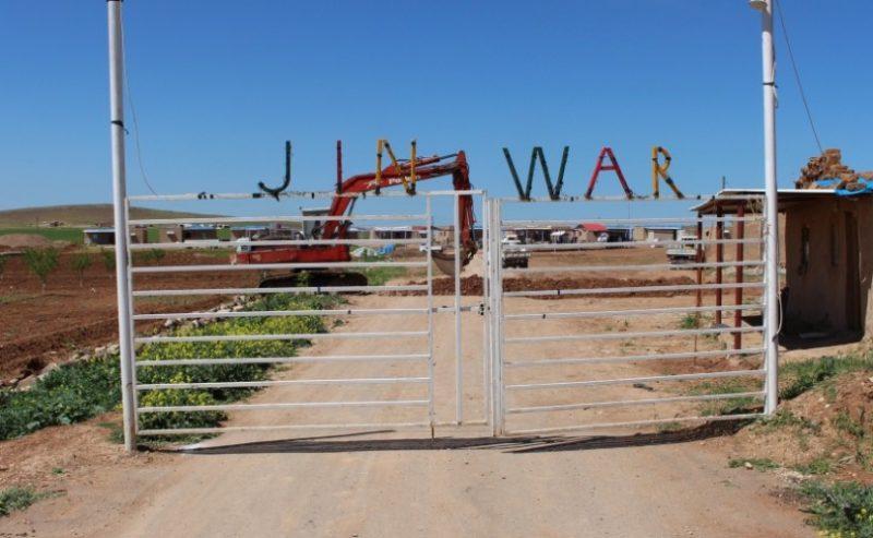 Jinwar: il villaggio di donne libere in Rojava