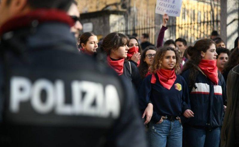 """Blockade: """"Fino a che non sarò spento, contro il vostro cambiamento"""""""