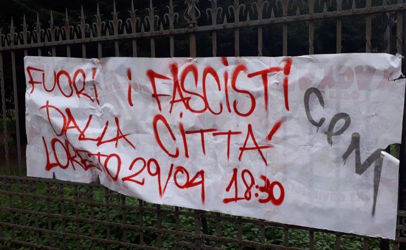 Gli studenti si oppongono, fuori i fascisti dalla città