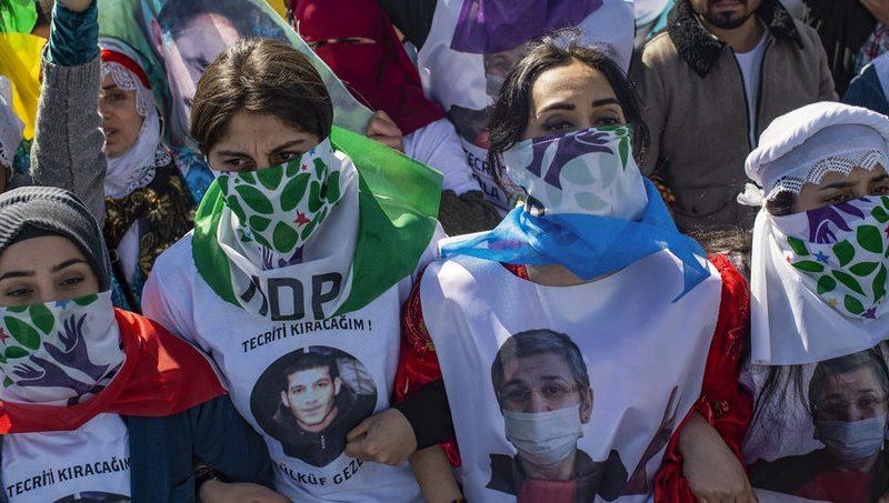 Prigionieri curdi – Spezzato l'isolamento