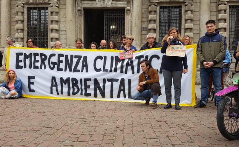 Milano dichiara l'emergenza climatica
