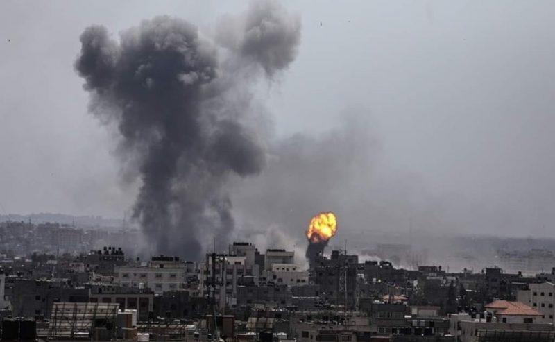 Raid israeliani sulla Striscia, uccisi tre civili