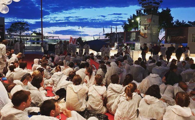 Chiediamo giustizia climatica! Occupato il red carpet della Mostra del Cinema di Venezia