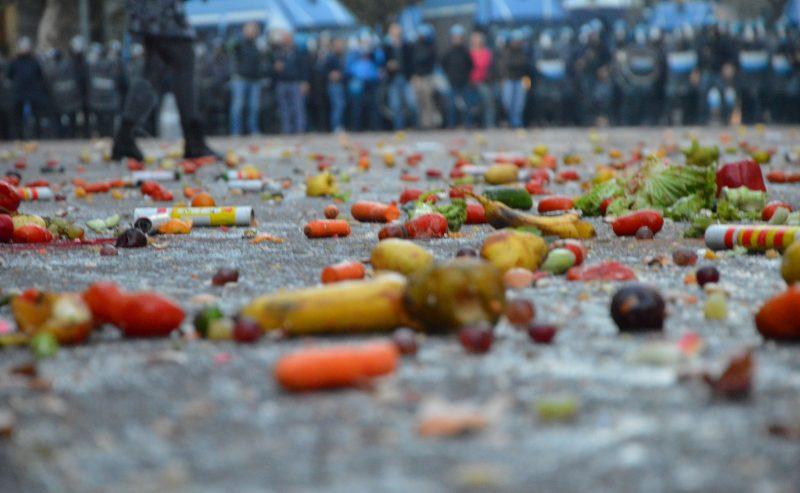 Defend Rojava – Una seconda gallery dei 10.000 in piazza ieri a Milano