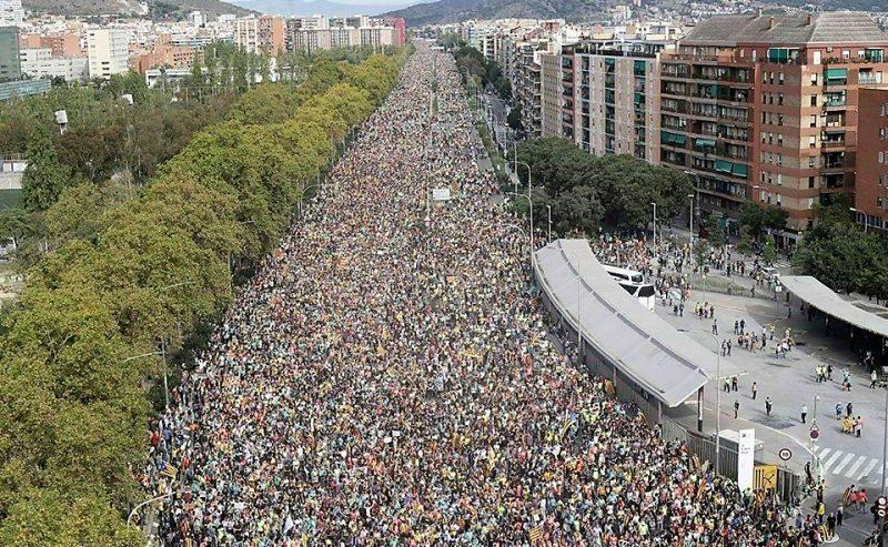 In marcia, Barcellona capitale dell'indipendentismo
