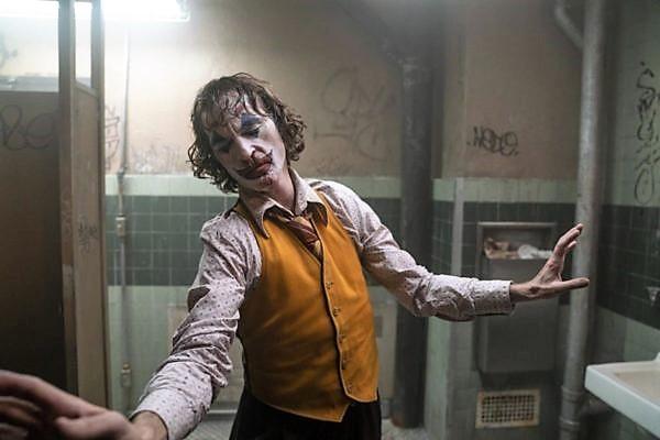 Joker (senza Batman) è rivolta di classe?