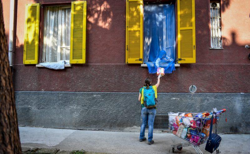 Emergenza a Milano, in azione le brigate solidali