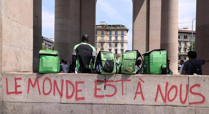 """Primo Maggio 2020 – Nasce la piattaforma """"Diritti per i rider"""""""