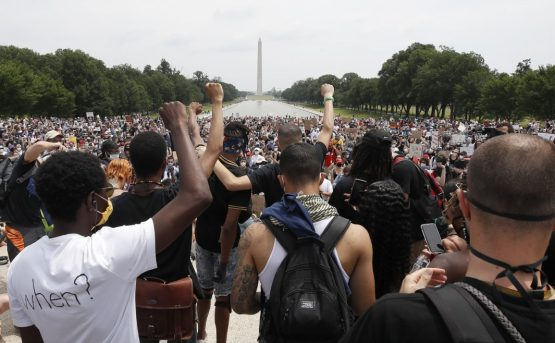 A Washington un milione di respiri contro il razzismo