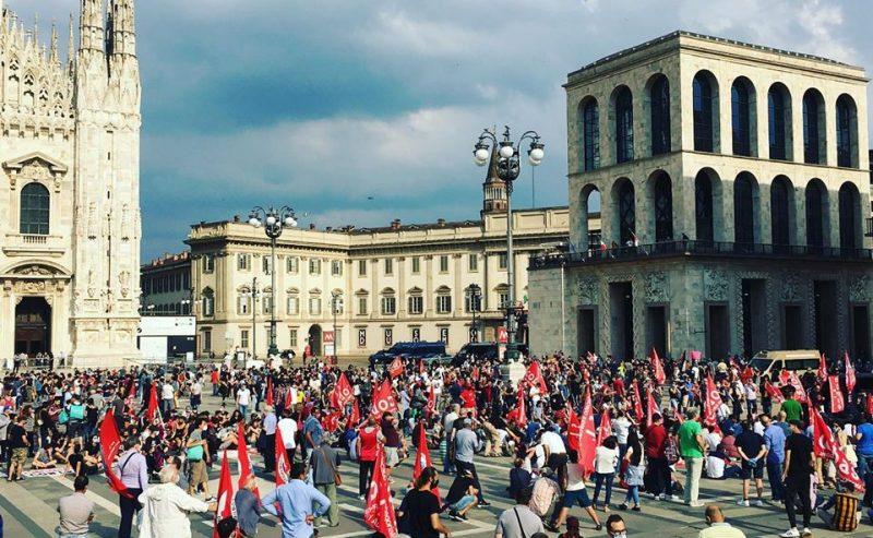 """""""Non pagheremo questa crisi!"""" – 5.000 (distanziati) in piazza a Milano – una photogallery"""