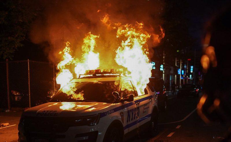 L'America di Trump brucia