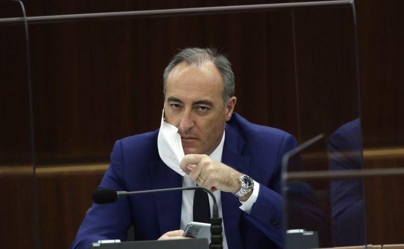 La Regione Lombardia sospende la fornitura dei test della Diasorin