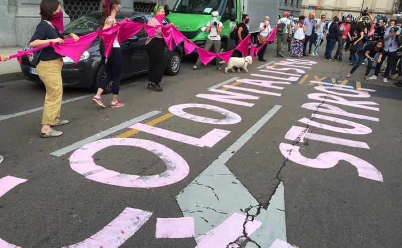 Colonialismo = stupro: due denunce a Non Una Di Meno Milano