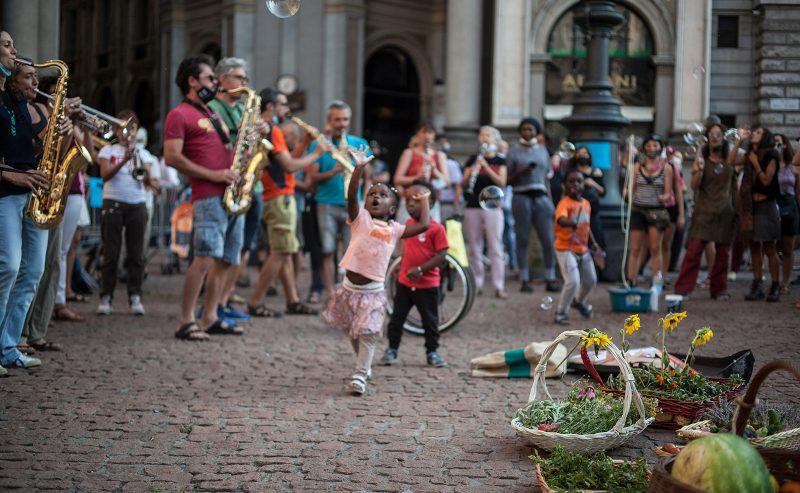 Assemblea il 3 settembre – Per una parata di chi non si arrende a una Milano esclusiva ed escludente