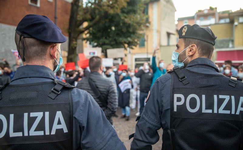 Corsico non si Lega – Salvini nuovamente contestato