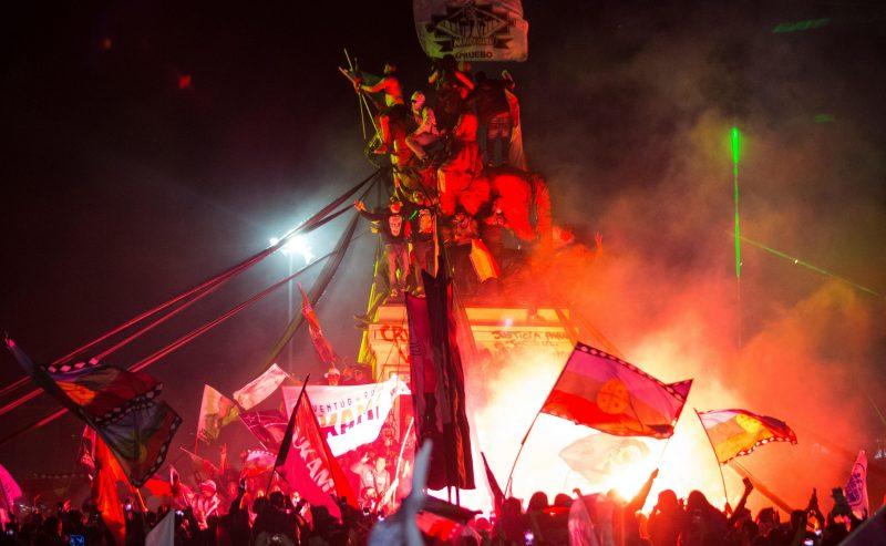 Il Cile vota compatto e manda al macero l'eredità di Pinochet