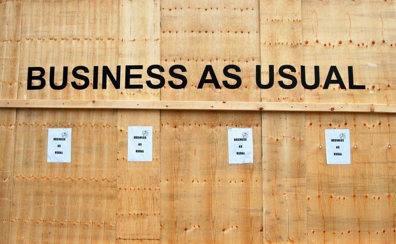 Covid – Il business dell'emergenza in Lombardia tra tamponi e visite a pagamento