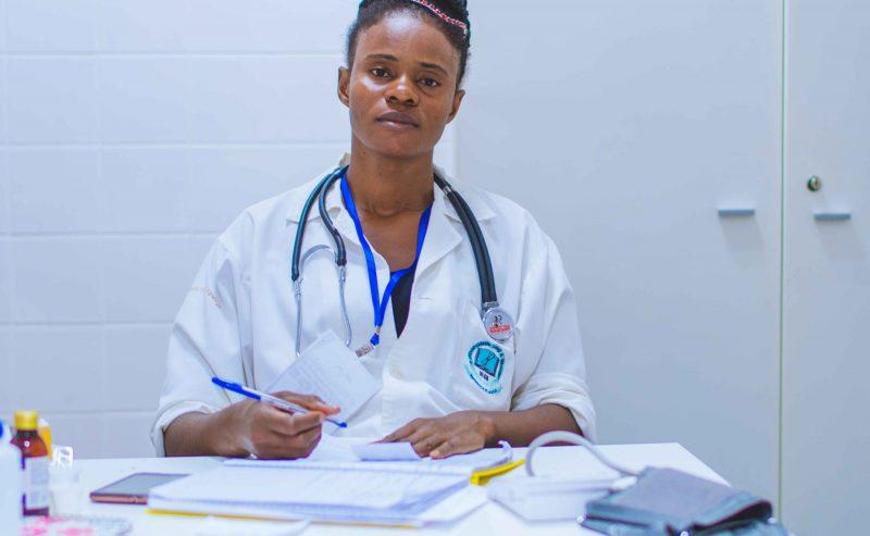 Covid e Sanità: 20mila medici esclusi dall'Albo perché cittadini stranieri