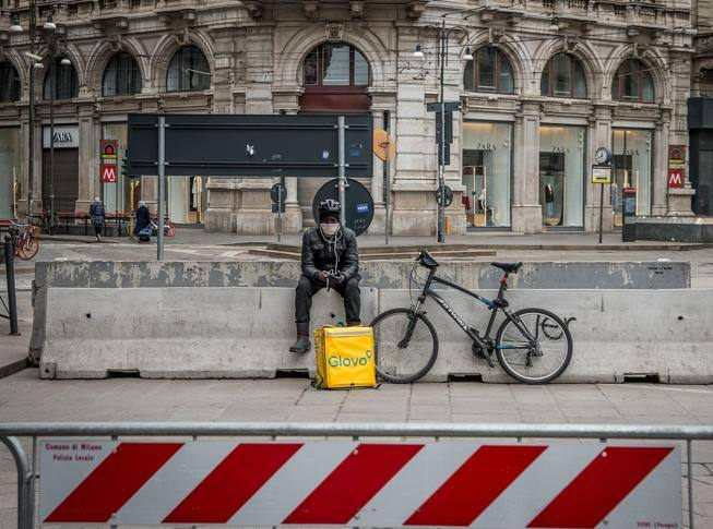 Dall'algoritmo alle persone: l'inversione di rotta necessaria per i riders