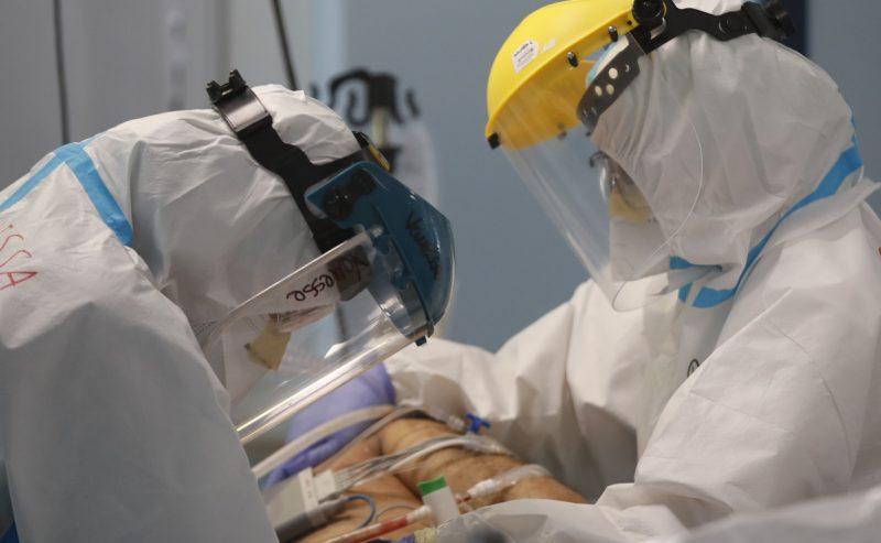 Le terapie intensive sono in affanno e mancano oltre 3mila anestesisti