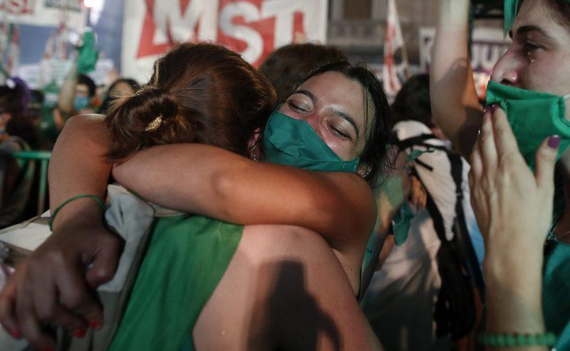 La vittoria argentina: lotta, sorellanza, transfemminismo, decolonizzazione