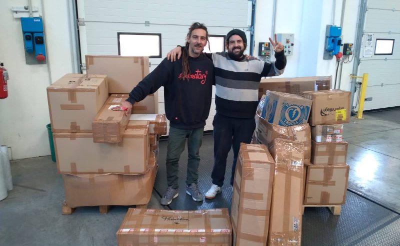 Distribuzione materiale sanitario e sportivo a Gaza