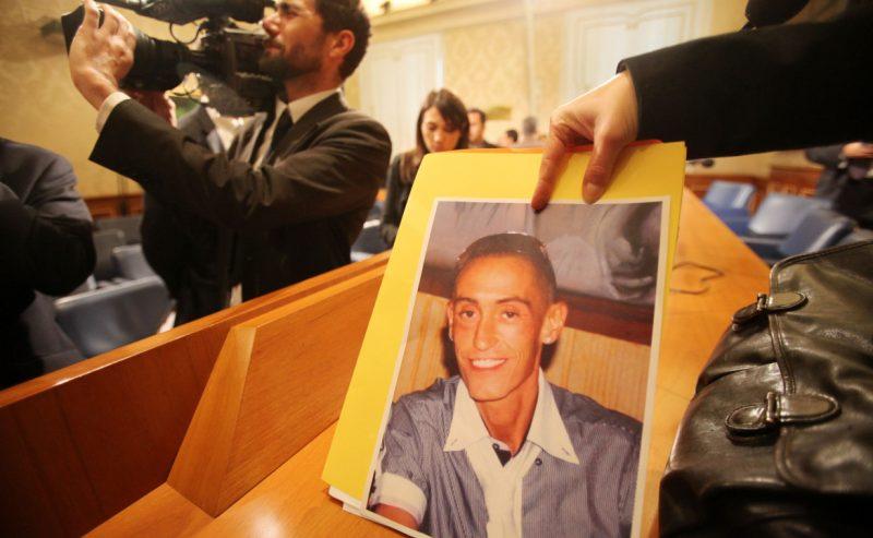Caso Cucchi, il pg chiede 13 anni per i 2 carabinieri