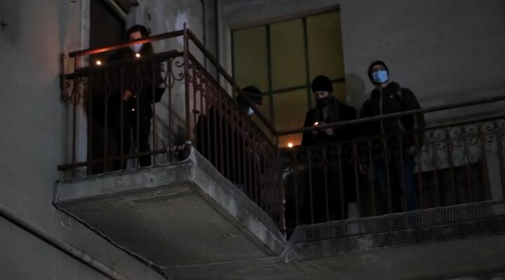 Azione di denuncia delle case popolari sfitte di Aler in via Porpora
