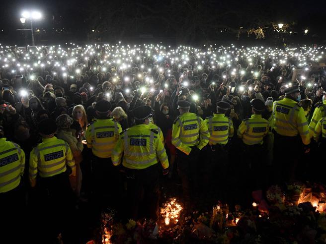 Londra – Movimenti femministi in piazza contro femminicidi e violenza di Polizia
