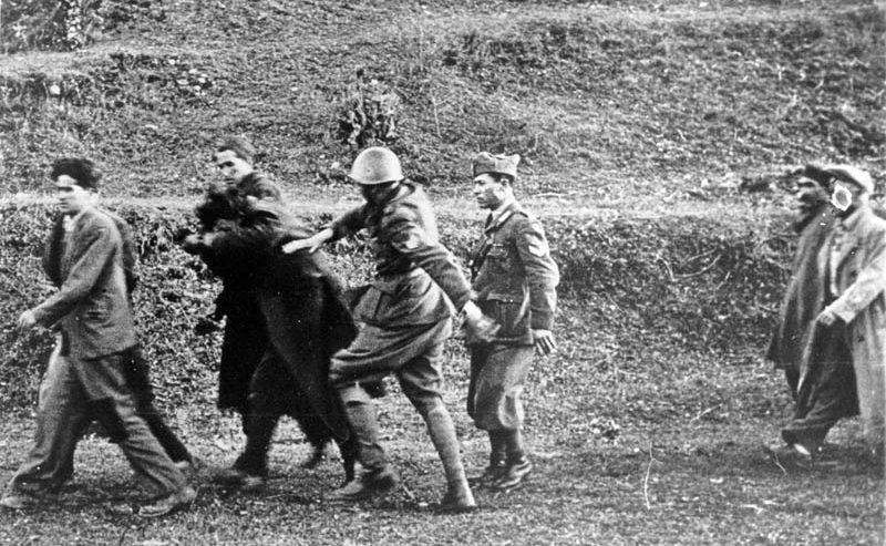 """""""Testa per dente"""" – I crimini di guerra degli italiani nella Jugoslavia occupata"""