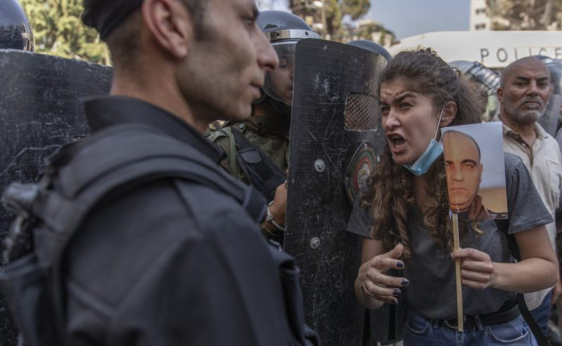 Banat, l'Anp diventa regime. Palestinesi in piazza