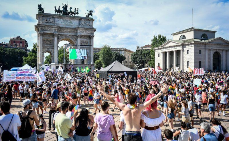 A Milano festa dei diritti Lgbtq
