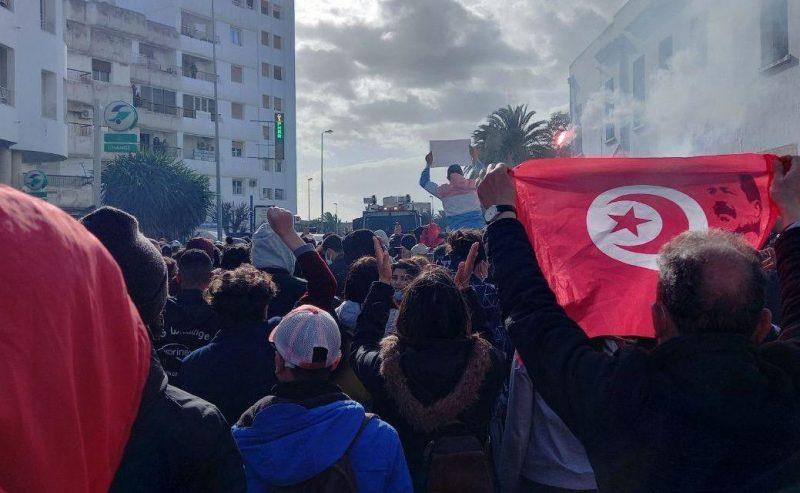Cosa succede in Tunisia?