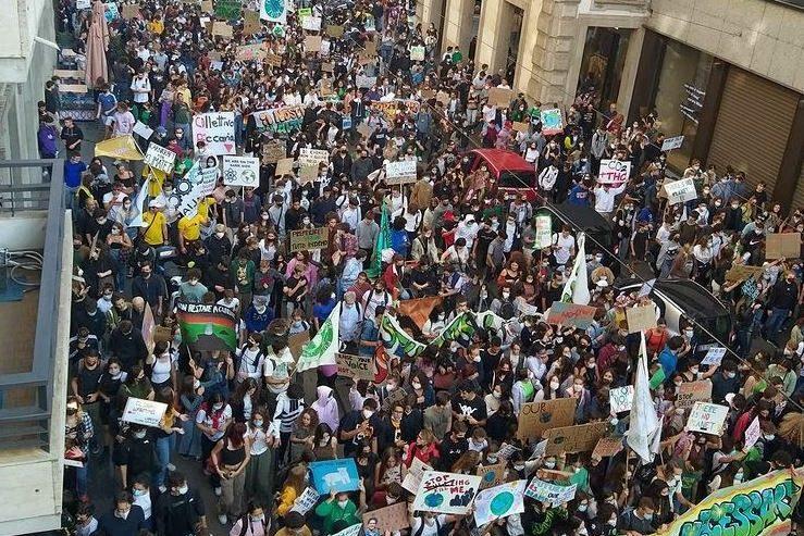 La marea verde è tornata! – Più di 50.000 in piazza per la giustizia climatica